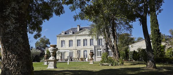 Stay at our private Chateau Coulon Laurensac
