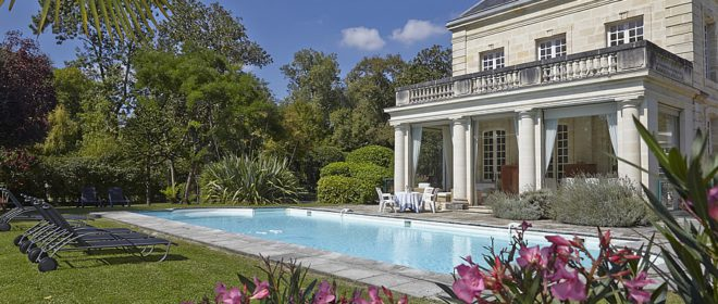 Stay at our private Chateau on the Bordeaux Harvest Tour