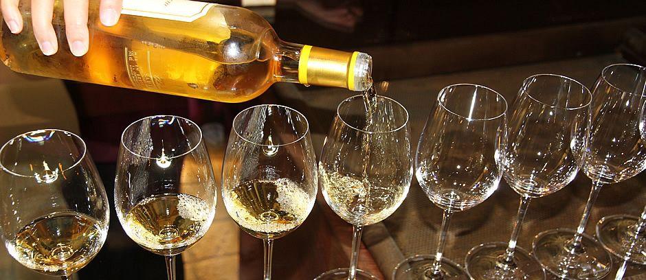 Taste the Best Bordeaux has to offer on the Bordeaux Harvest Tour